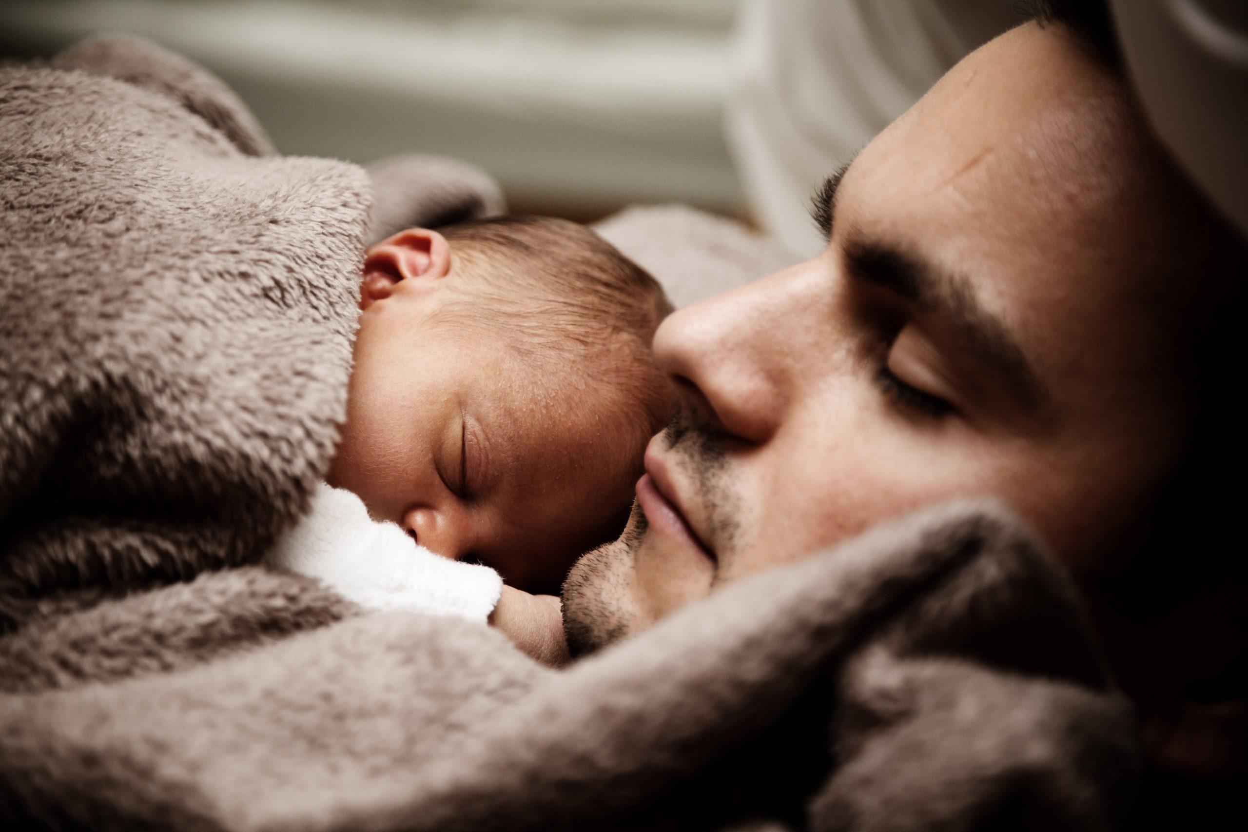 Dia dos Pais em dobro: a paternidade de casais homoafetivos